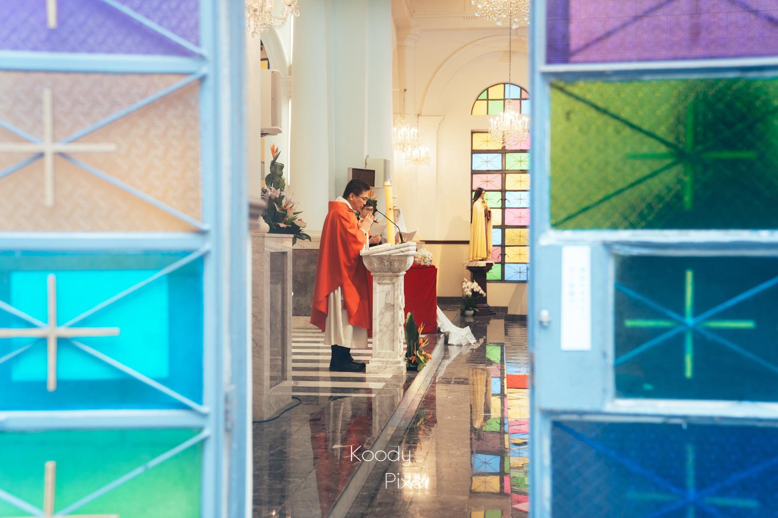 教堂的玻璃永遠都那麼引人入勝